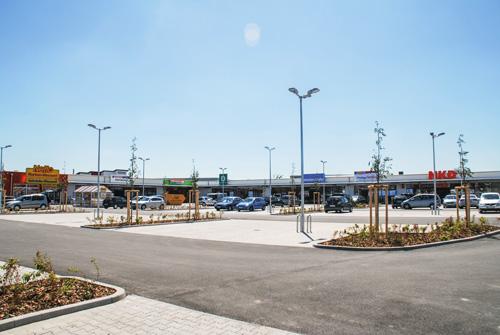 Fachmarktcenter in Groß-Umstadt, 6,95 Millionen Euro Investitionsvolumen. | Specialist retail complex in Groß-Umstadt: 6.95 million Euros' investment volume.
